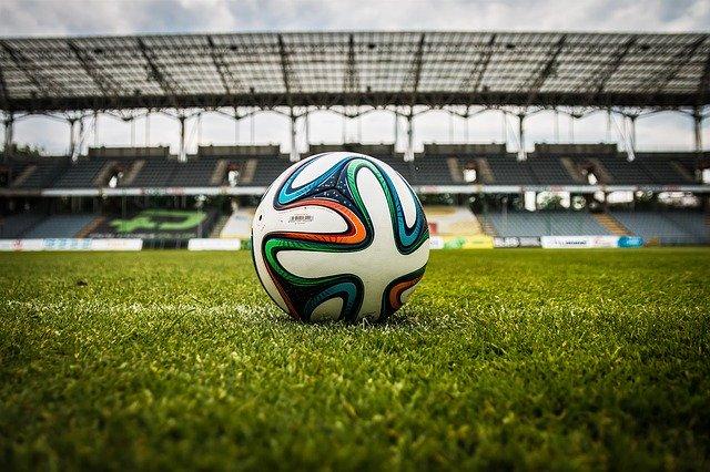 záběr na fotbalový míč