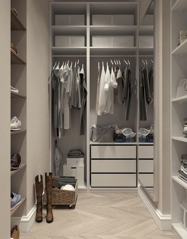 Uspořádání skříně